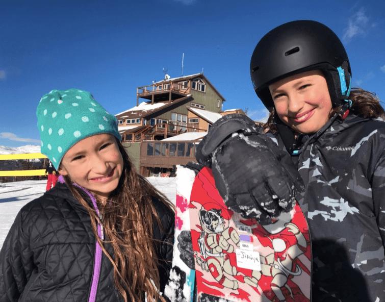 living adventurous life, Tati and Jiraiya snowboarding,
