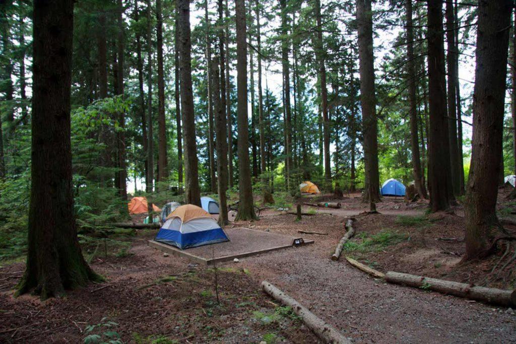 Stawamus Chief campground Squamish