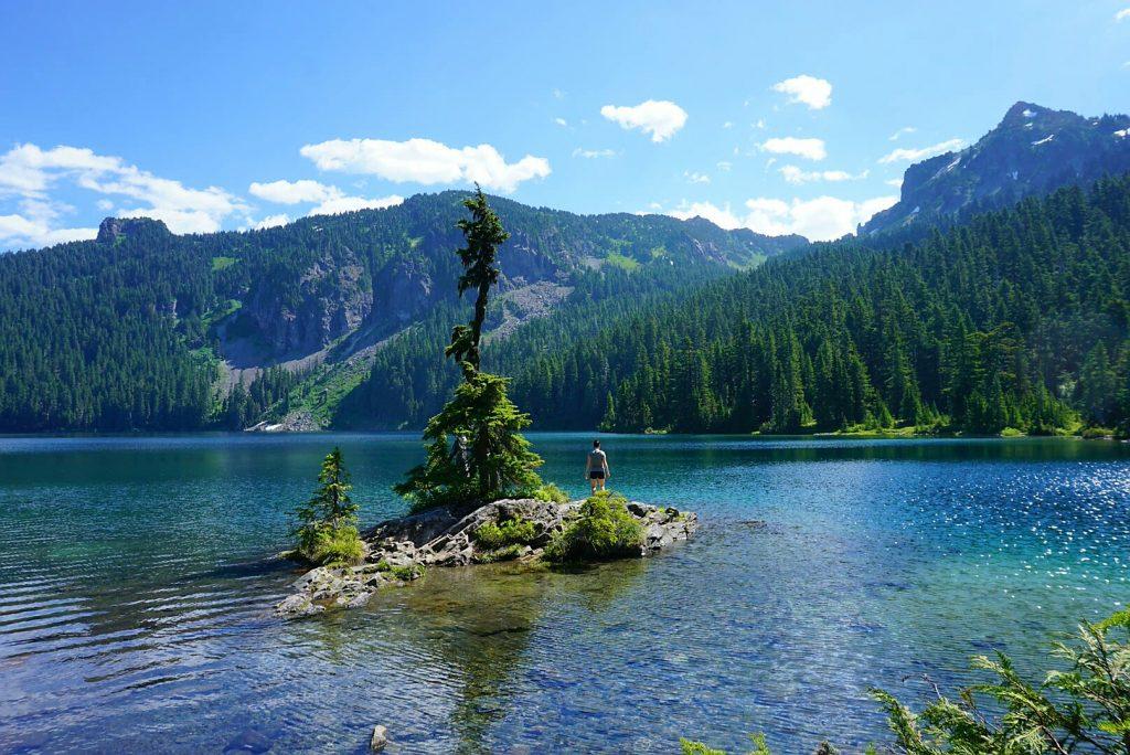Walk in campground Mowich Lake, Mount Rainier