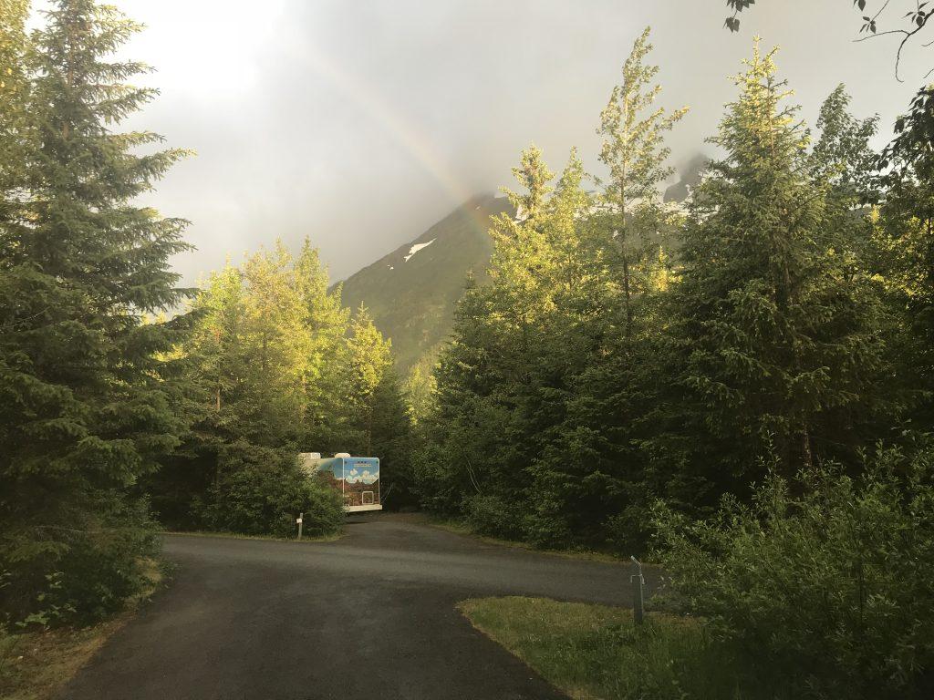 Camping Williwaw Campground, Anchorage Alaska