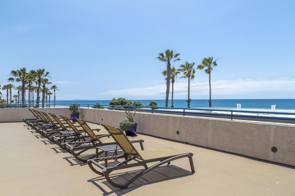 Southern California Beach Club in Oceanside, Where to stay on a California Coast Road Trip