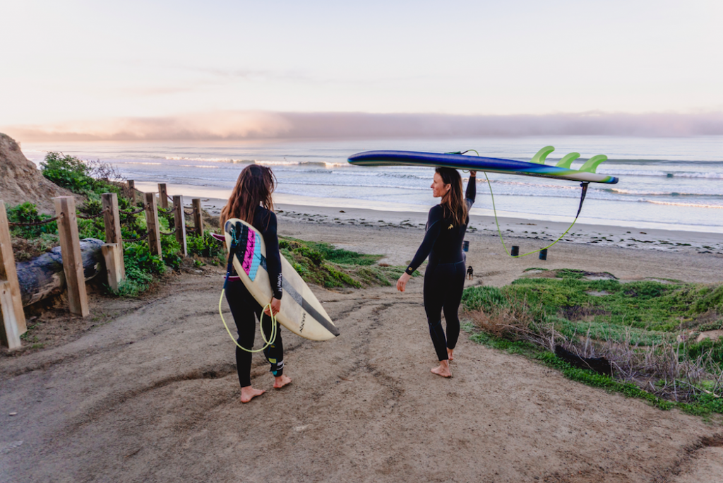 Surfing Law Street, Pacific Beach, San Diego
