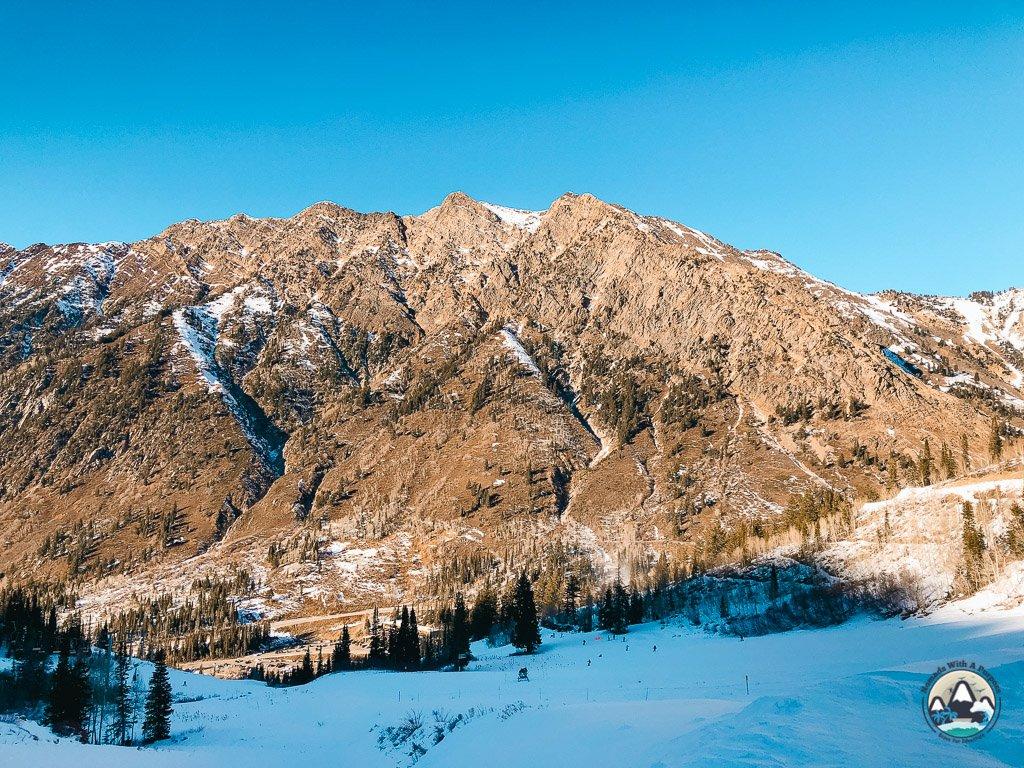 Snowboarding Snowbird Resort, Little Cottonwood Canyon, Utah